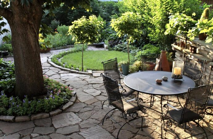 Nacogdoches TX Professional Landscapers & Outdoor Living Designs Home Page Image-We offer Landscape Design, Outdoor Patios & Pergolas, Outdoor Living Spaces, Stonescapes, Residential & Commercial Landscaping, Irrigation Installation & Repairs, Drainage Systems, Landscape Lighting, Outdoor Living Spaces, Tree Service, Lawn Service, and more.