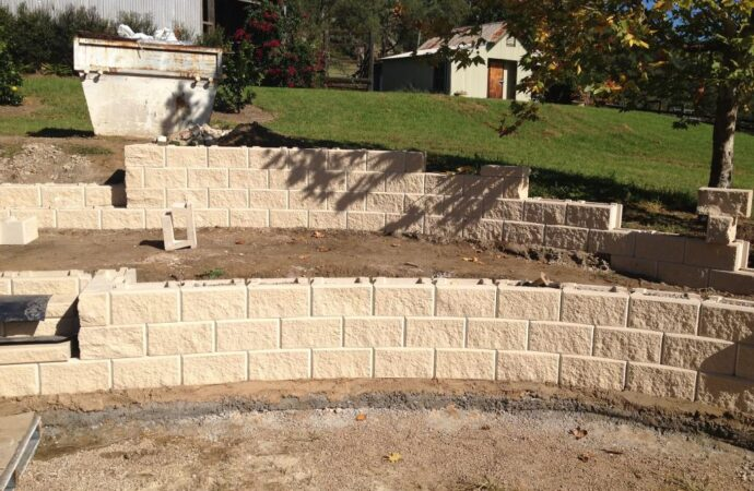 Retaining & Retention Walls-Nacodoches TX Professional Landscapers & Outdoor Living Designs-We offer Landscape Design, Outdoor Patios & Pergolas, Outdoor Living Spaces, Stonescapes, Residential & Commercial Landscaping, Irrigation Installation & Repairs, Drainage Systems, Landscape Lighting, Outdoor Living Spaces, Tree Service, Lawn Service, and more.